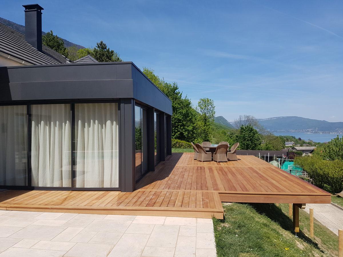 Terrasse avec vue sur le Lac du Bourget-